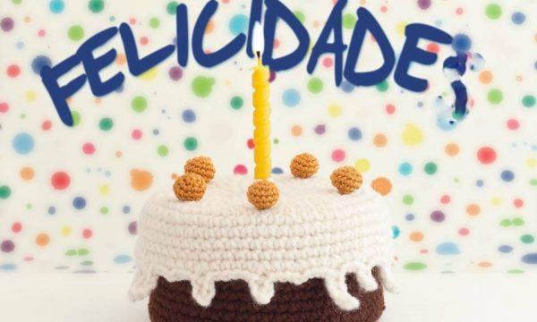torta felice delle festivita