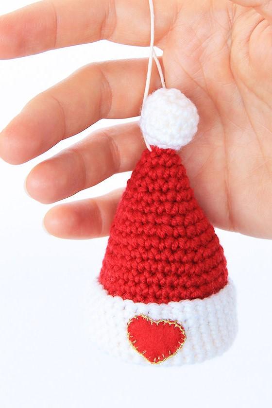 Addobbi Da Appendere Cappello Di Babbo Natale A Uncinetto